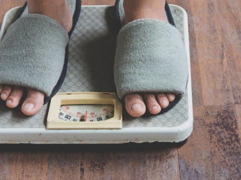 La metformina ayudó al 28,5% de los participantes del estudio a perder al menos un 5% de peso corporal y mantener un 2% de dicha pérdida durante largos períodos de tiempo.
