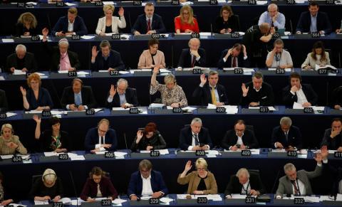 Europarlamentarios durante la votación de la Ley de Copyright