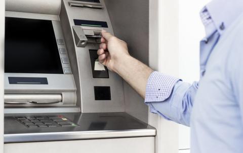 Cajero dinero