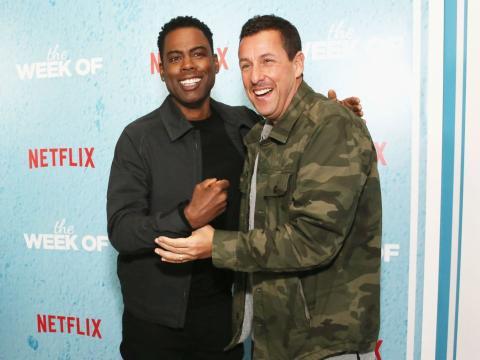 Chris Rock junto con Adam Sandler en la premiere de 'La peor semana' en 2018
