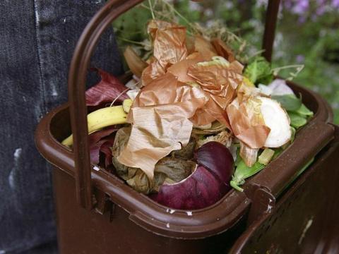 El compostaje se puede hacer en casa