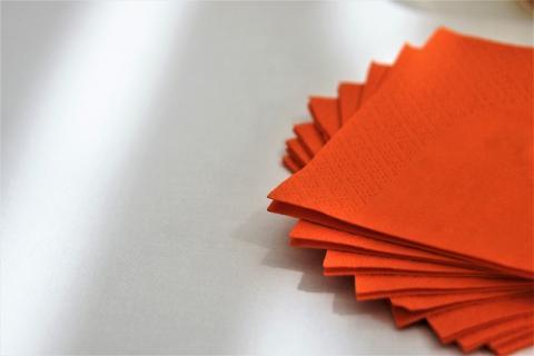 Comprar servilletas recicladas ayudaría a salvar la vida a 1 millón de árboles