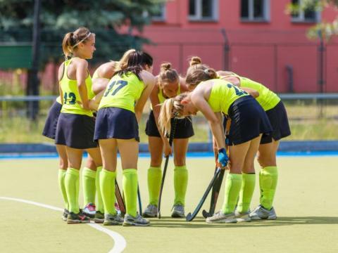 Los deportes que involucran socializar pueden tener un efecto más positivo que otros en tu salud mental.