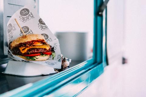 Empaquetar tus almuerzos reduce los residuos plásticos