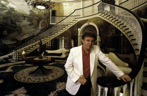 The final deal was reached after months of negotiations intended to ensure Ivana would receive the money from Donald, who was reportedly deep in debt from real estate deals and could not obtain the money through bank loans.
