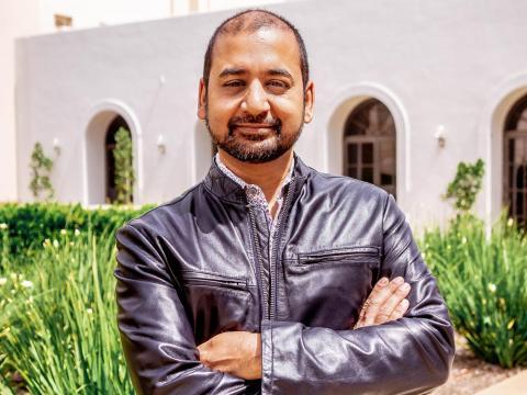 El CEO de Glitch, Anil Dash, hace que sea fácil (y divertido) escribir software