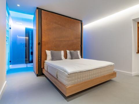 Un dormitorio en el faro Punta Cumplida.