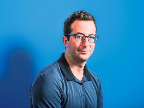 Jeff Raider, CEO de Harry's Labs, ayudó a crear vínculos directos