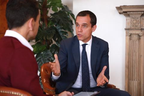 Manuel del Campo, CEO de Axel Springer España (dcha) y José María Palomares, presidente de Multinacionales por marca España (izq)
