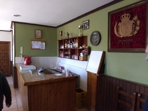 Mesa electoral bar de Valtajeros, Soria