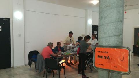 Mesa electoral en el cine de La Puebla de los Infantes, Sevilla