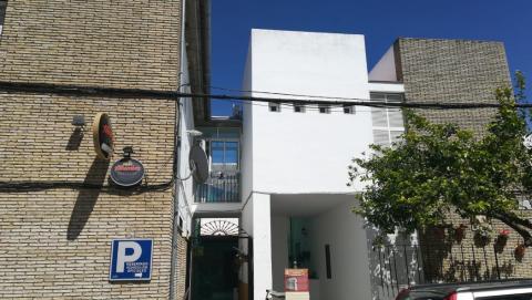 Mesa electoral cine La Puebla De Los Infantes