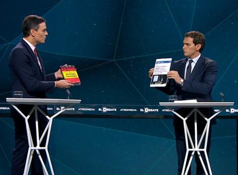 Pedro Sánchez y Albert Rivera, durante el debate electoral de Atresmedia.