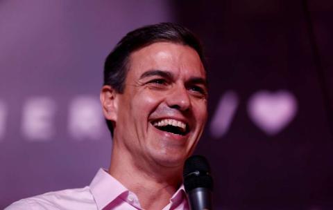 Pedro Sánchez celebra la victoria del PSOE