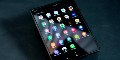 Some reviewers say their $2,000 Samsung Galaxy Fold foldable smartphones are breaking after just two days of use