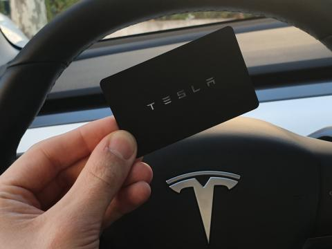 Tarjeta de Tesla