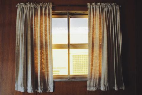 Tener las ventanas selladas ahorra energía