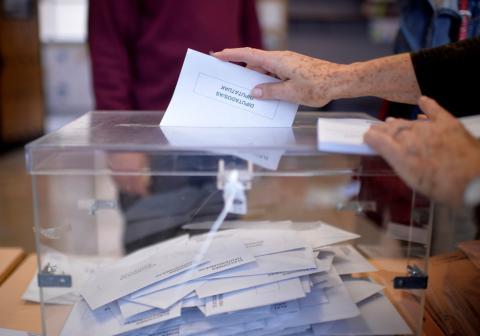 esto es lo que implica votar en blanco, nulo o abstenerse
