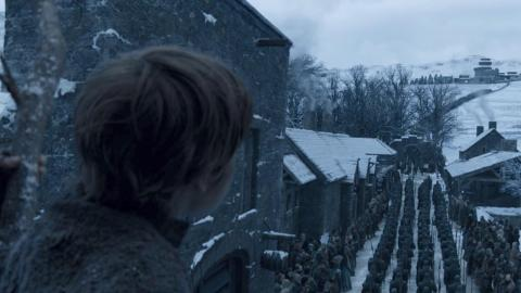 Which brings us to the episode's actual opening, showing Daenerys and Jon arriving to Winterfell.