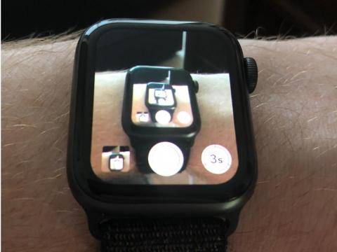 6. Your Apple Watch can take pictures for you.