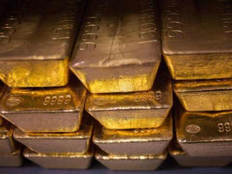 4. La fortuna de Gates, de 104 mil millones de dólares, podría comprar 2 millones de kilos de oro, según Bloomberg.