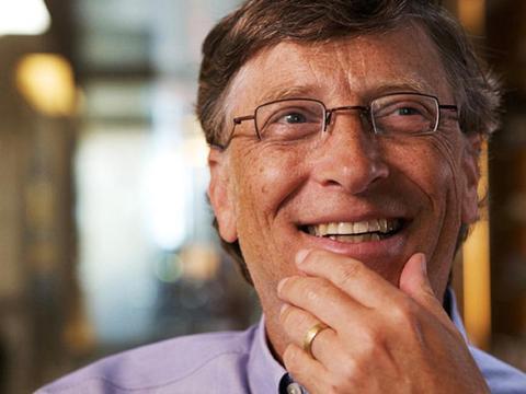 7. Gates es tan rico que un estadounidense promedio que gasta 1 dólar es similar a un Gates que gasta 1,06 millones de dólares.