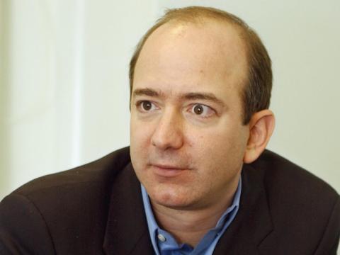 El fundador de Amazon Jeff Bezos - Edad 30