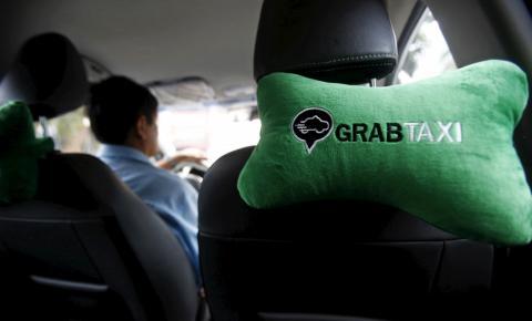 Un coche de Grab en Hanoi, Vietnam.