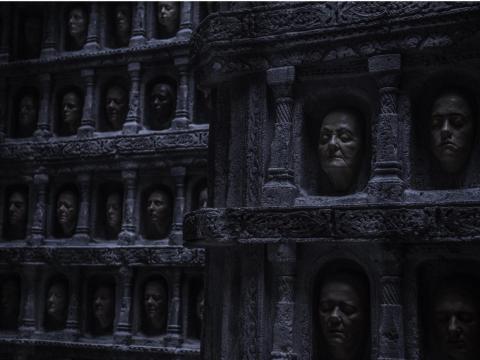 Eran cabezas en el Salón de las Caras.
