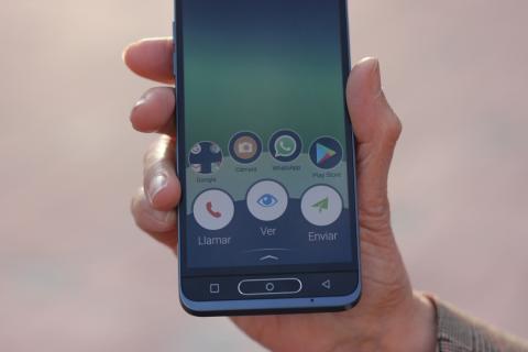 Doro 8035, el móvil para personas mayores