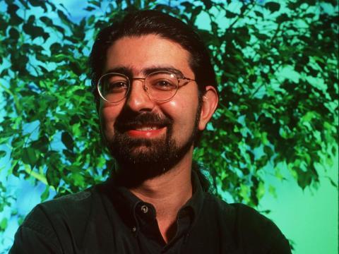 Fundador de eBay Pierre Omidyar - Edad 23