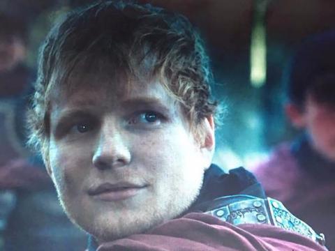 Ed Sheeran como un soldado de los Lannister.