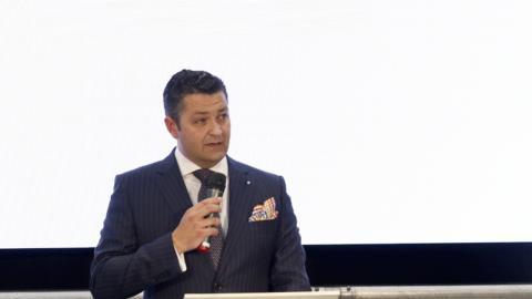 Luis Miguel García, director gerente de BMW Lurauto, durante la presentación de su concesionario en Leoia (Vizcaya).