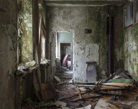 Taquillas de la guardería, Pripyat, 2012.