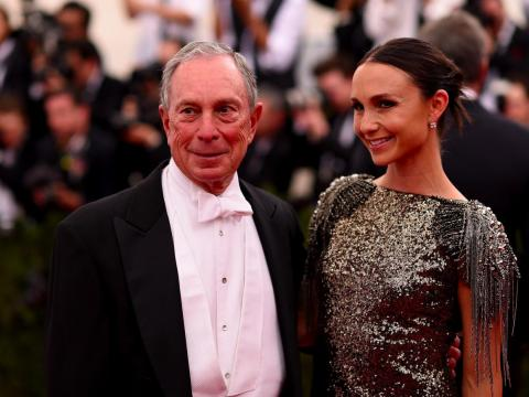 Michael Bloomberg y su hija menor Georgina.