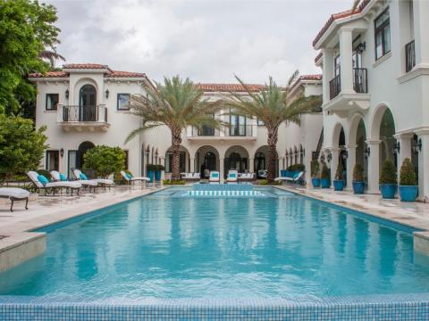 Nelson Gonzalez, a luxury realtor, gave me a tour of the home, which sits on a 1.2-acre lot.