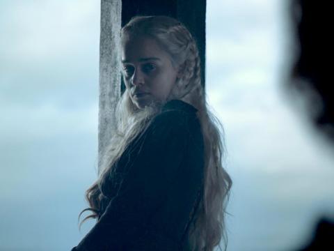 Y ¿Daenerys llevará una corona por primera vez en la serie?