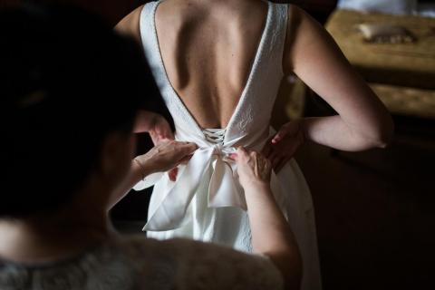 No reveles los detalles del vestido hasta que no lo haya visto todo el mundo