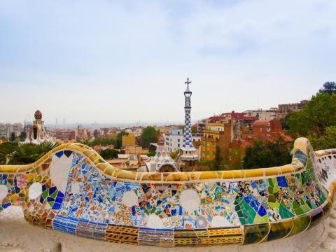 Pero los colores del parque y de Barcelona pueden no ser tan brillantes como algunas fotos los hacen parecer.