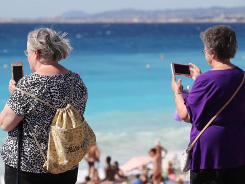 Una tarifa de roaming internacional sin un plan puede dejarte con un coste postvacacional alto.