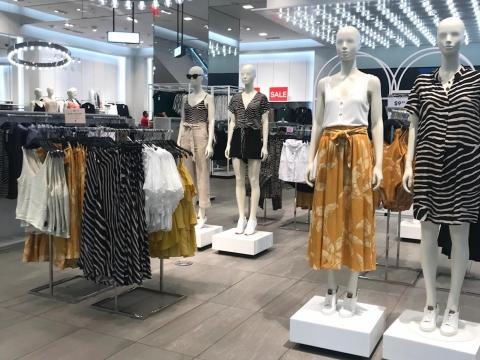 As Forever 21 considers a major restructuring plan, H&M's performance is strong.