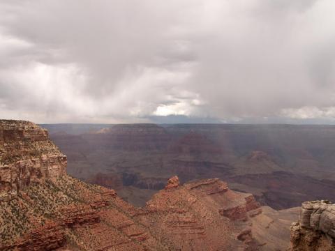 Pero ten en cuenta que, dependiendo del clima, el cañón puede no verse tan rojo como algunas de las fotos te hacen creer.