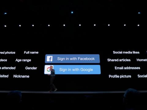 Keynote: Sign in with Facebook y Google