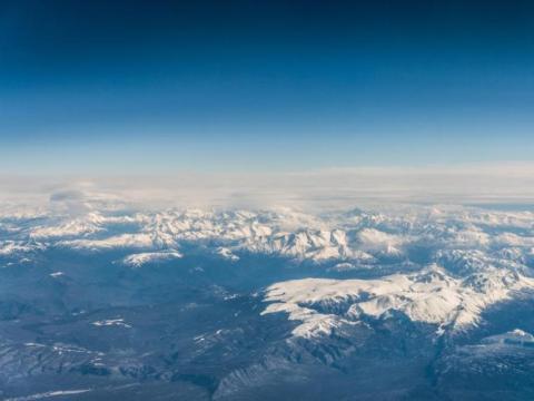 La mayor parte del ozono atmosférico se concentra a unos 14 kilómetros por encima de la Tierra.