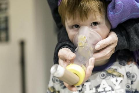 Si inhalamos ozono a nivel del suelo, puede ser perjudicial para nuestra salud pulmonar.