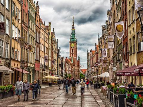 Poland - Level 1: Exercise normal precautions
