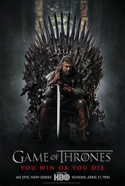 """El cartel de la primera temporada de """"Juego de Tronos"""". Fíjate en el cuervo a la izquierda de Ned Stark."""