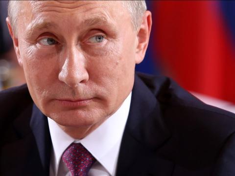 Se piensa que, entre 1949 y 1991, la Unión Soviética fabricó aproximadamente 55.000 cabezas nucleares.