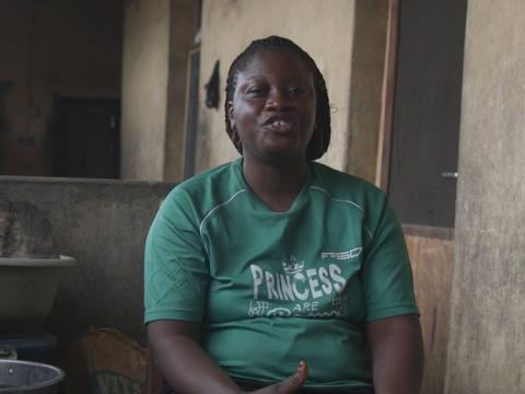 Sra. Malikis Muritala, una de las madres beneficiadas por la iniciativa