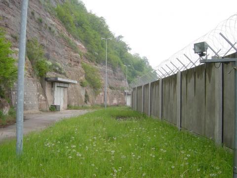 El refugio fue, en el pasado, un espacio de almacenamiento para un equipo militar soviético durante la Guerra Fría, según el sitio web de la compañía.
